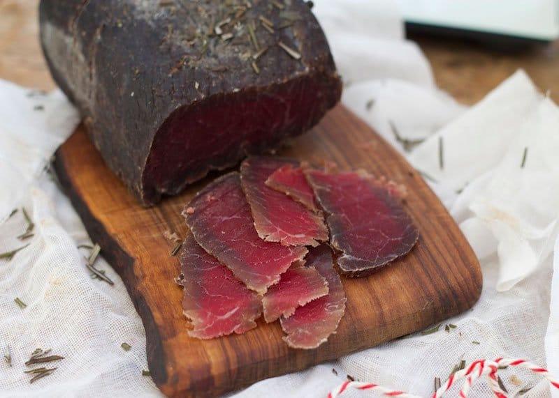 Приготовление вяленого мяса Бреазола фото