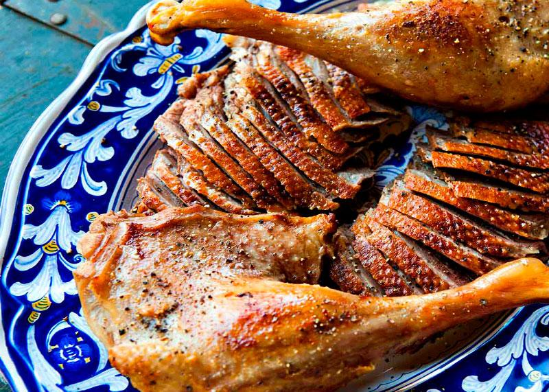 Рецепт приготовления запеченного гуся в мадере имени Эбинейзера Скруджа фото