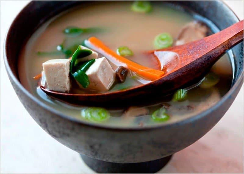 Приготовление мисо супа фото