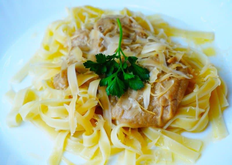 Рецепт приготовления пасты с белым соусом