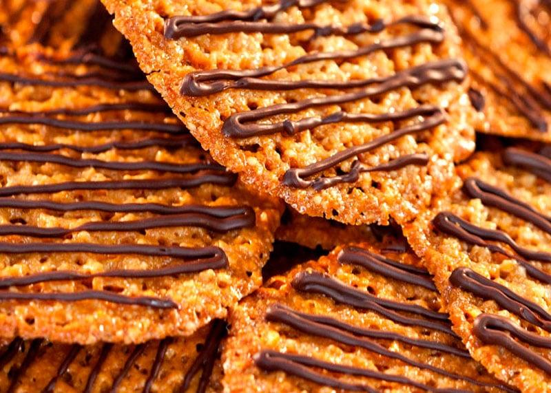 Как приготовить печенья с миндалем и шоколадной начинкой по-фларентийски фото