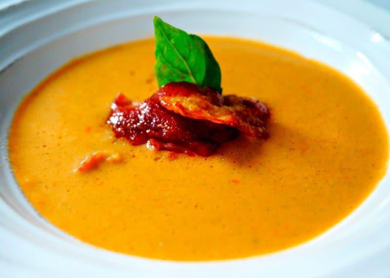 Рецепт приготовления супа пюре из зеленой фасоли под белым и красным вином фото
