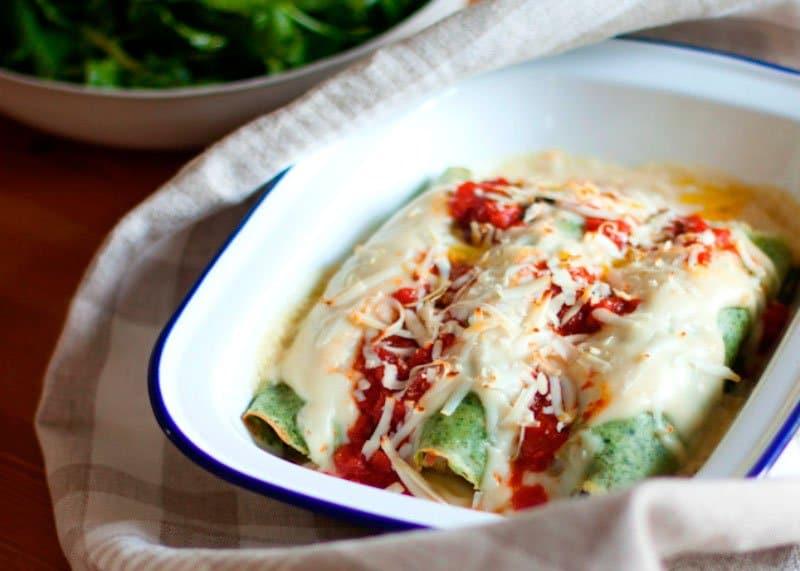 Рецепт приготовления блинчиков из шпината с начинкой из рыбы фото