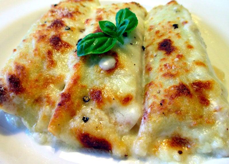 Рецепт приготовления блинчиков с рикоттой и шпинатом или креспелле ала фьерентина фото