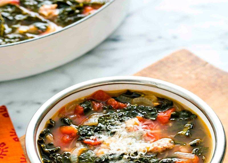 Рецепт приготовления куриного супа с овощами, фасолью и лимоном по-мароккански фото