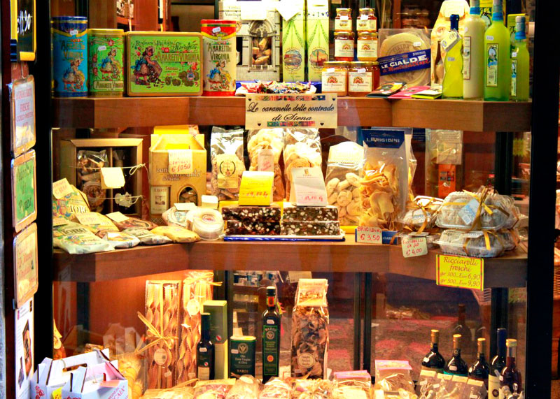 Магазин Нанини в Сиене и каваллуччи фото