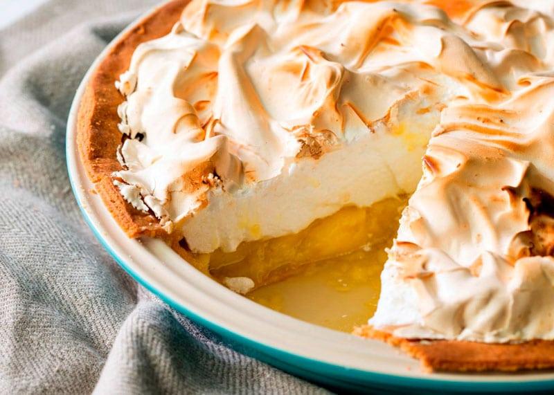 Рецепт приготовления пирога с лимонным кремом и меренгой фото