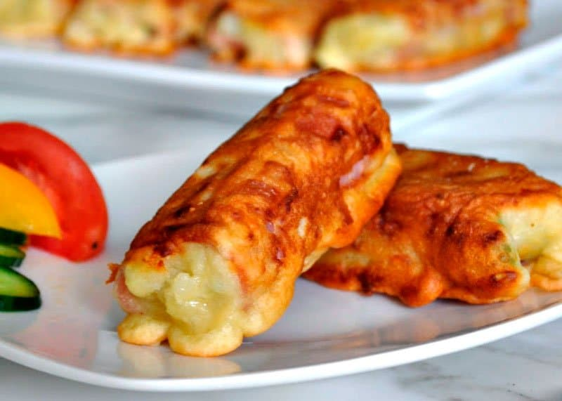 Рецепт приготовления рулетиков их хамона с картофельным пюре, моцареллой и петрушкой фото