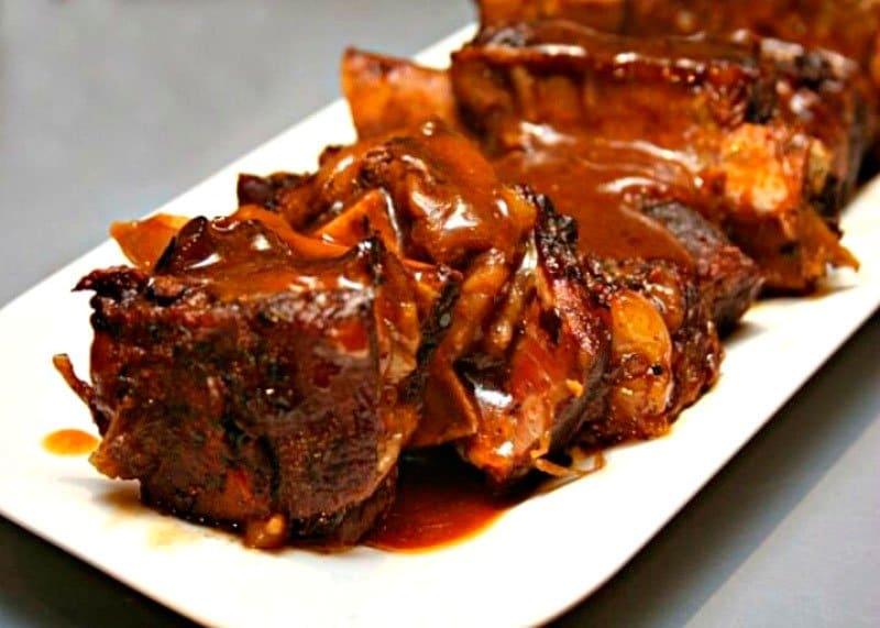 Рецепт приготовления свиных ребрышек с тыквой, перцем чили, шоколадом и темным пивом фото