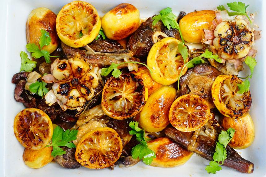 Рецепт приготовления баранины в духовке с картофелем и лимонами фото