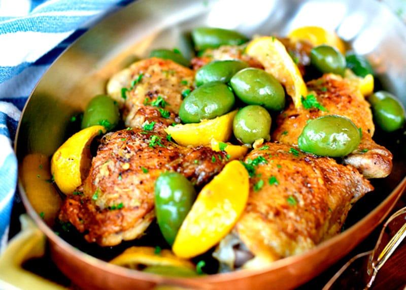 Рецепт курицы в духовке с лимоном и оливками фото