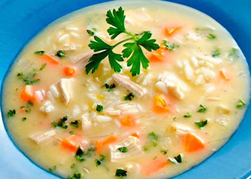 Рецепт куриного супа с яичным соусом фото