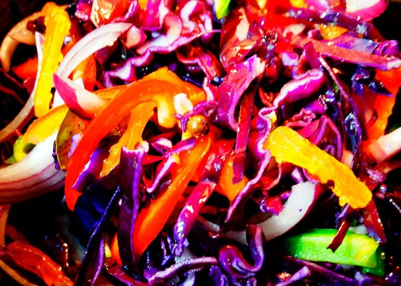 Как приготовить овощное рагу с красной капустой и перцем фото