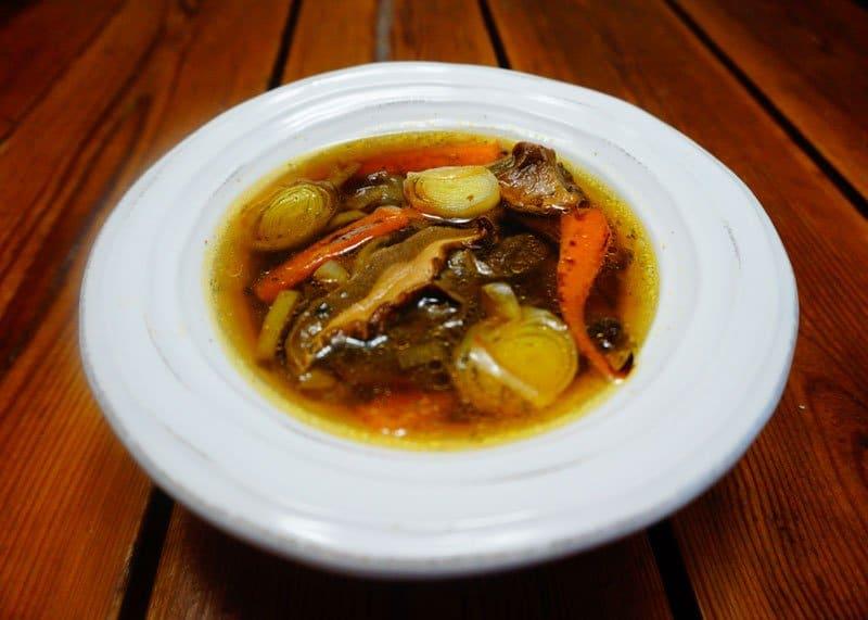 Рецепт приготовления овощного супа с польскими и белыми грибами фото
