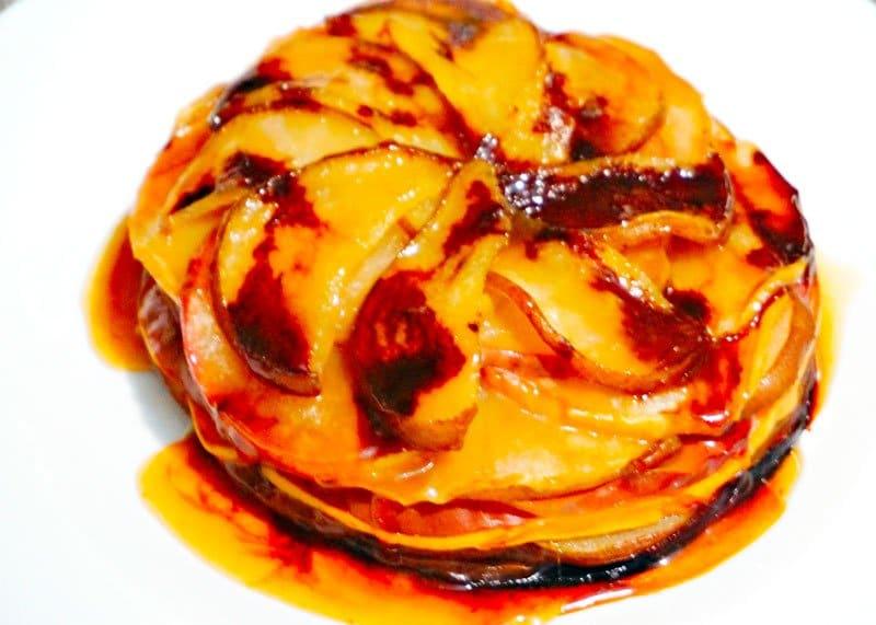 Рецепт пирога из айвы, груши и яблока фото