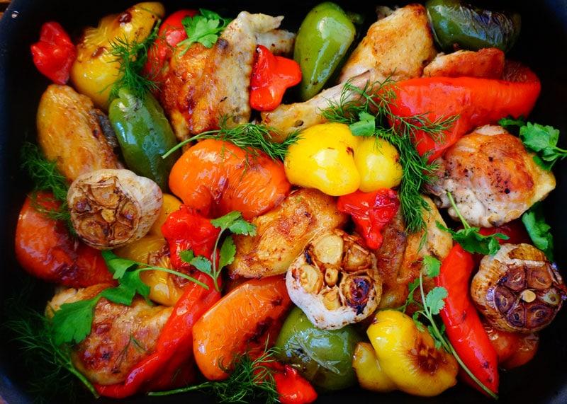 Рецепт приготовления рагу из цыпленка со сладким и горьким перцем фото