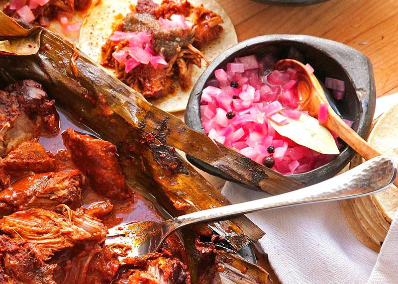 Рецепт свинины в виноградных листьях фото