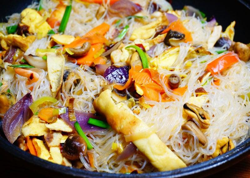 Рецепт приготовления рисовой лапши с морепродуктами фото