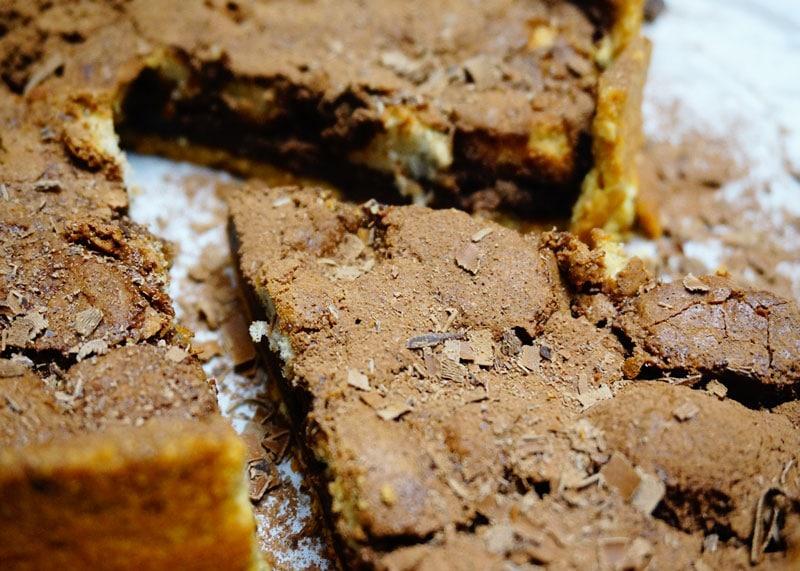 Приготовление шоколадного торта фото