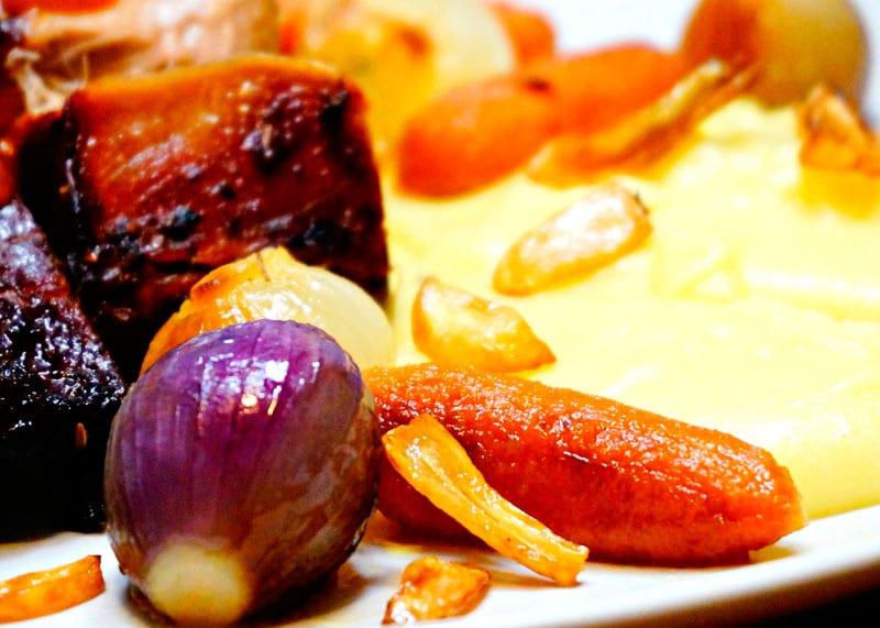 Приготовление телятины с соусом еспаньоль фото