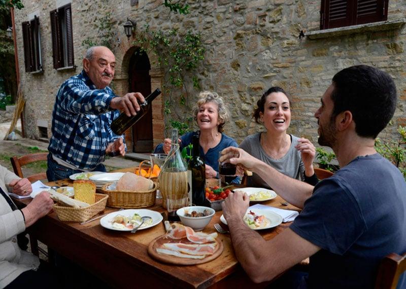 Итальянский обед фото