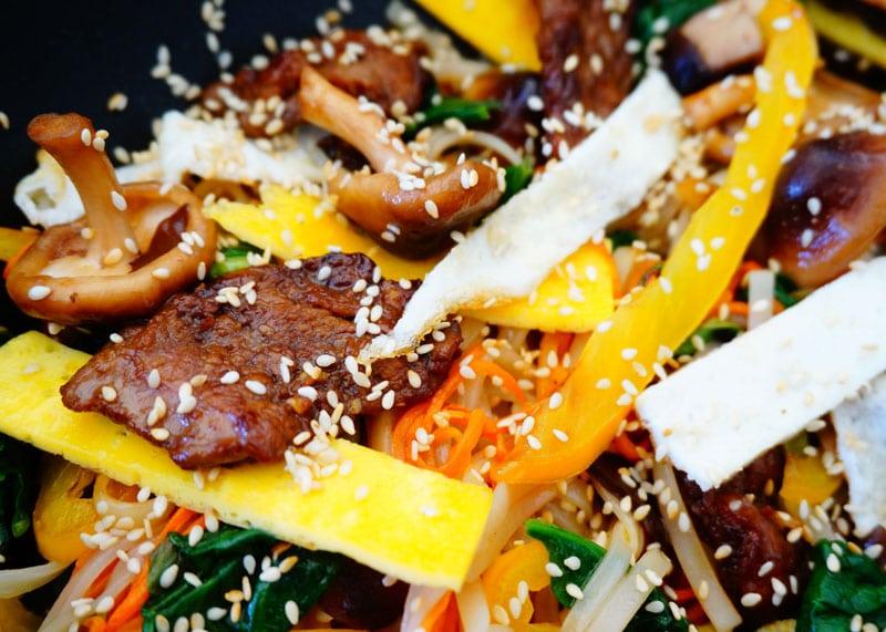 Приготовление лапши с телятиной и овощам фото