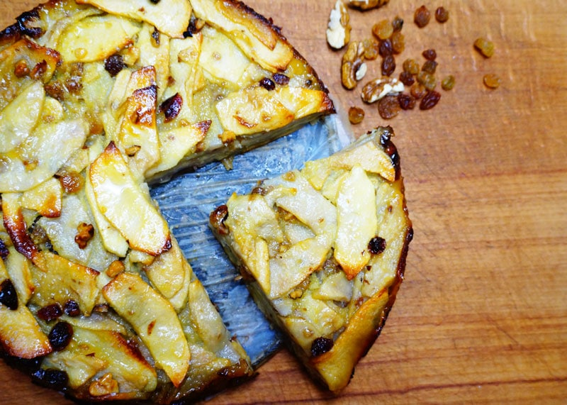 Приготовление пирога из яблок и груш фото