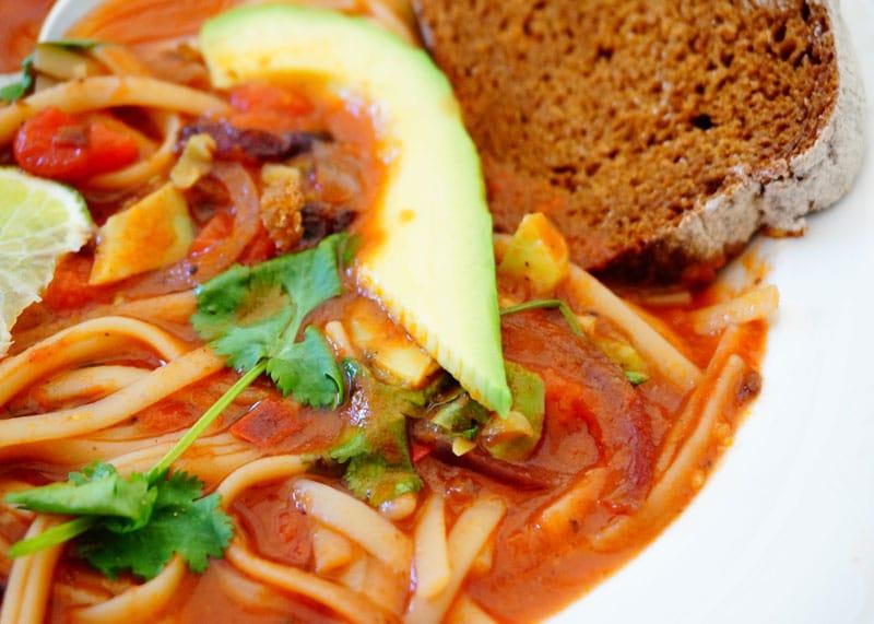 Рецепт томатного супа с лапшой фото