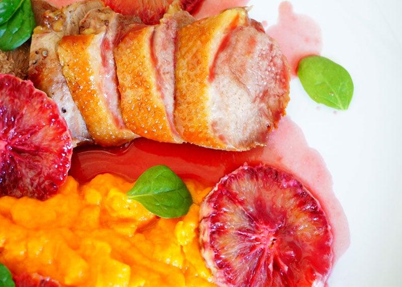 Приготовление жареной утиной грудки с апельсинами фото