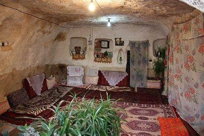 Дом в скале фото