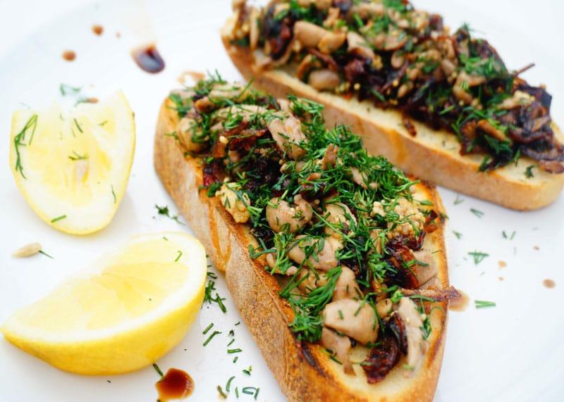 Рецепт гренок с рыбной печенью фото