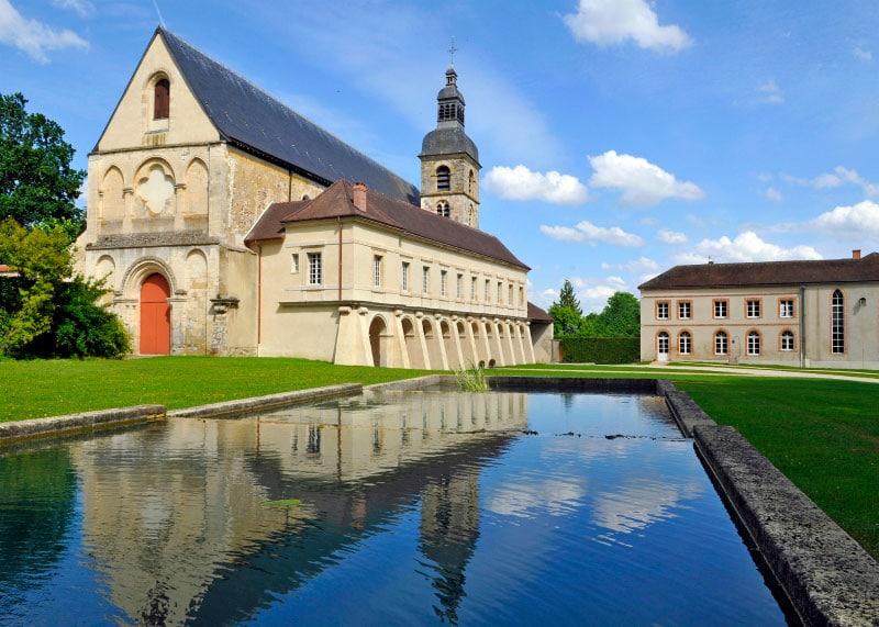История о шампанском аббатство Отвильер