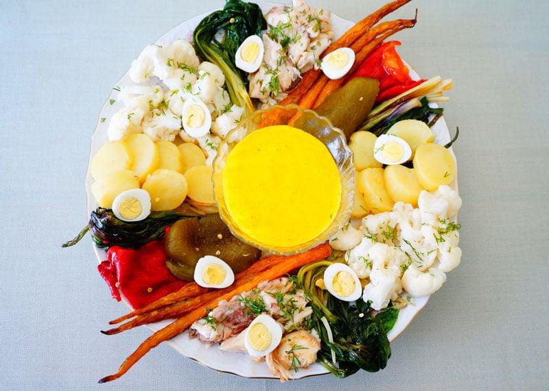 Рецепт рыбы с овощами и соусом айоли фото