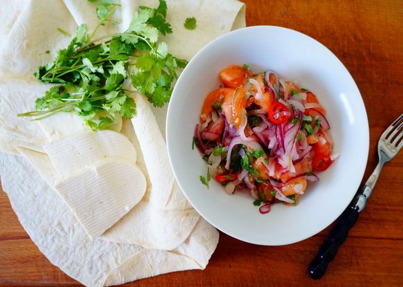 Сальса из маринованного лука рецепт фото
