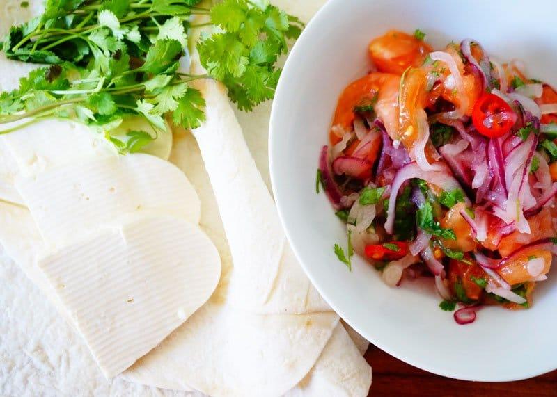 Рецепт сальсы из маринованного лука фото