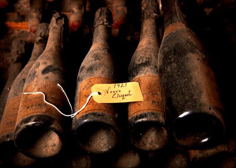Шампанское вдова Клико фото