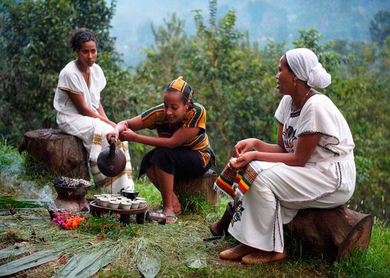 Кофейная церемония в Эфиопии фото