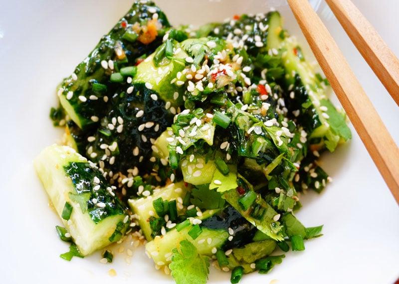 Китайский салат из огурцов приготовление фото