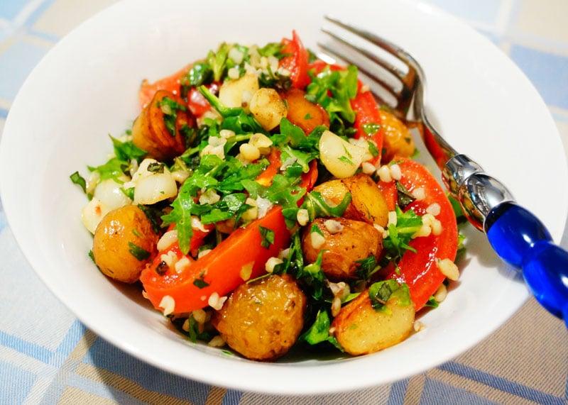 Салат с булгуром и картофелем фото