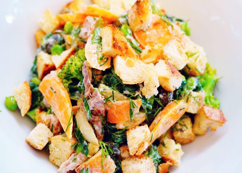 Салат из горошки и брокколи рецепт фото