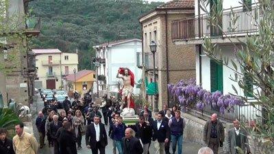 Город Сориано Калабро фото