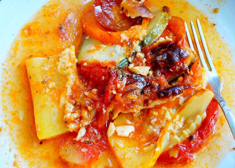 Гратен из цуккини и помидоров фото