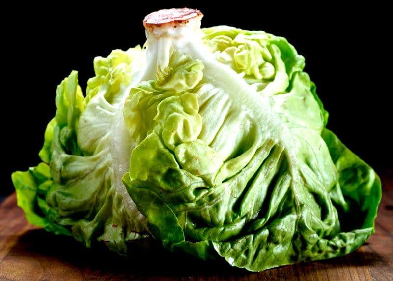 Салаты из салатных листьев фото