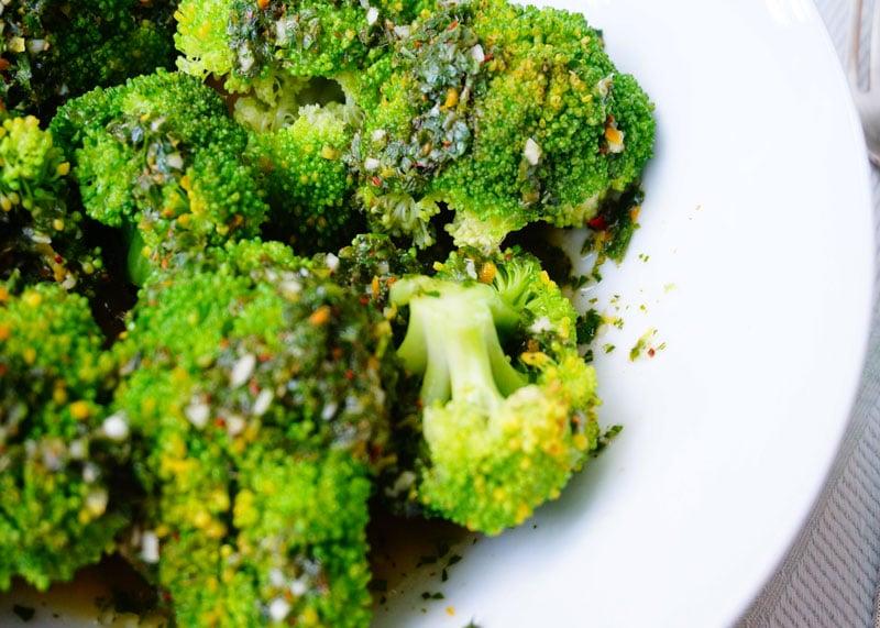 Приготовление брокколи с мохо верде фото