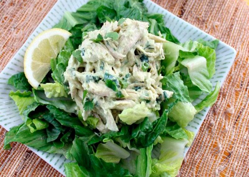 Салат с курицей и авокадо рецепт фото