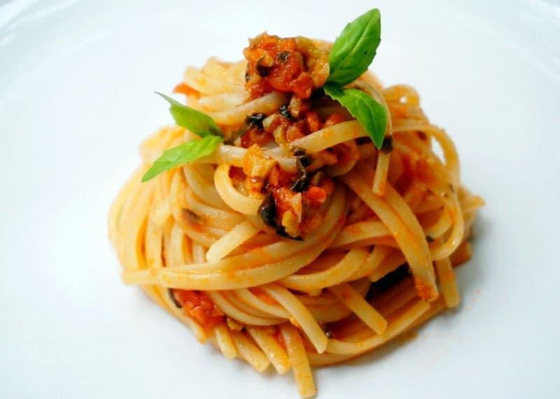 Спагетти ала китара с соусом рецепт фото