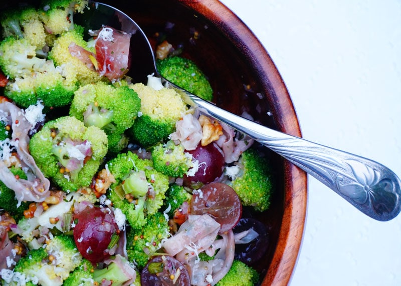 Салат из брокколи с прошутто приготовление фото