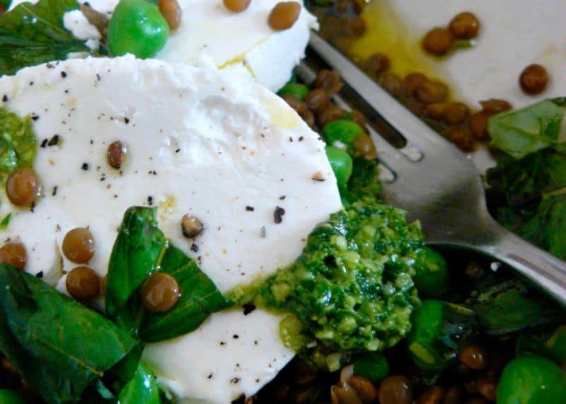 Салат из гороха и чечевицы фото