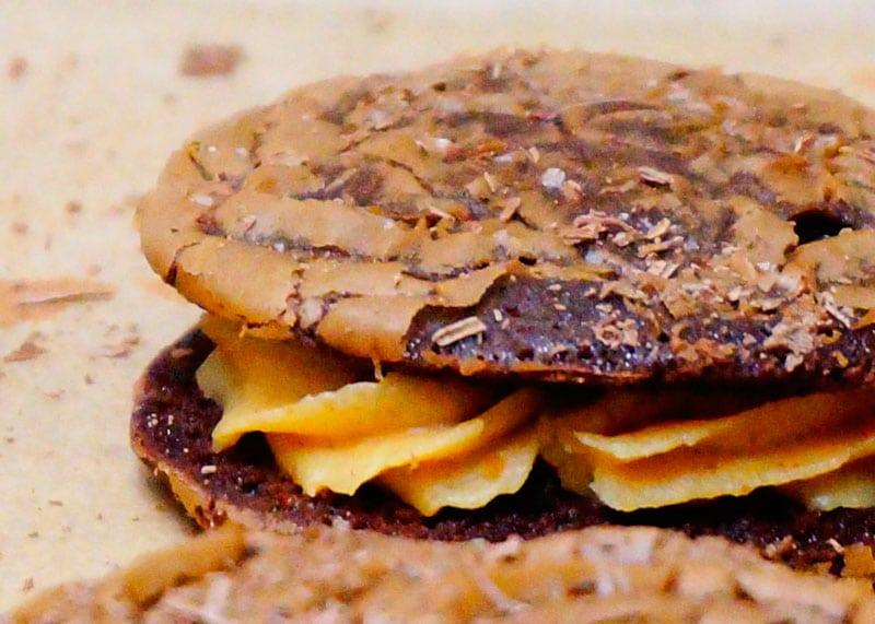 Брауни с арахисовым кремом фото