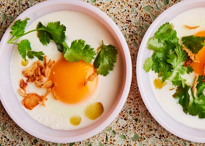 Яйца в кокосовом молоке фото